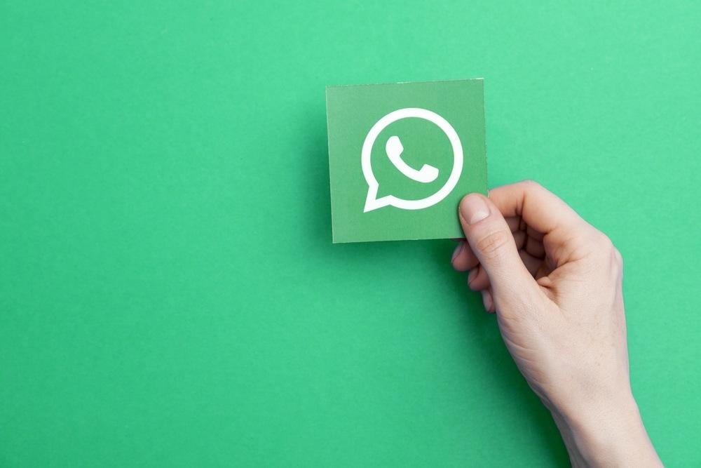 Collegare WhatsApp a Facebook: le novità per il business