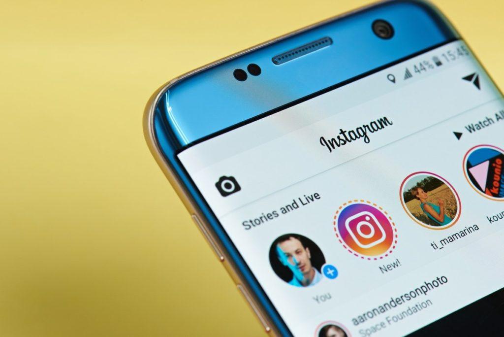Instagram aggiorna la sua policy: divieto di accesso ai minori di 13 anni